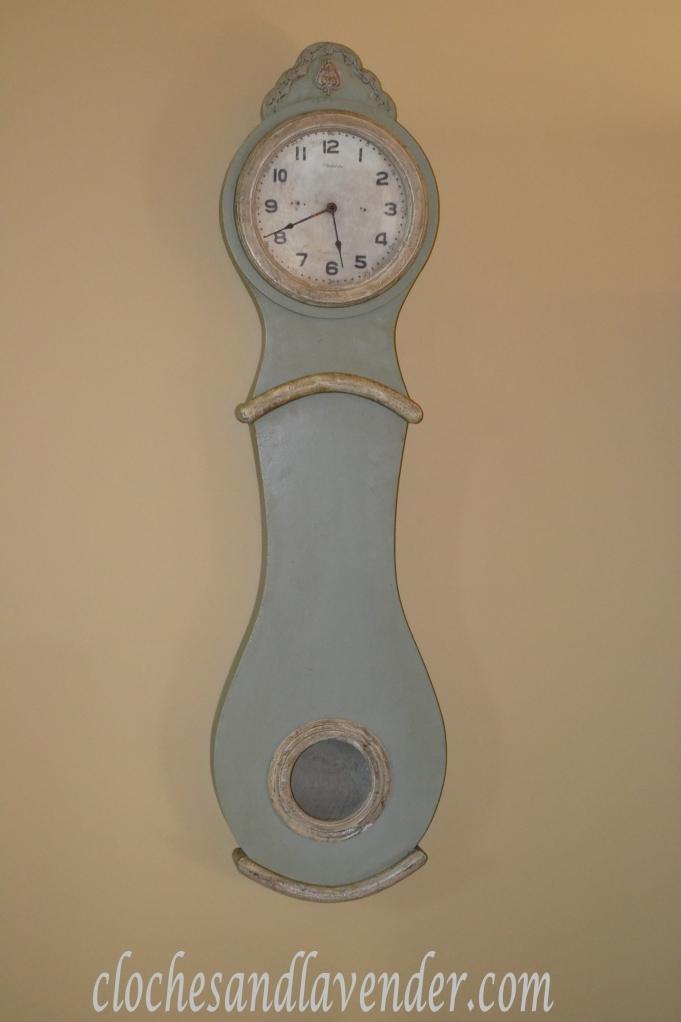 Mora Clock!
